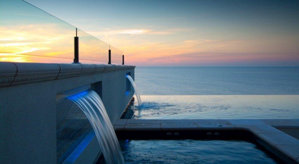 Building infinity pools